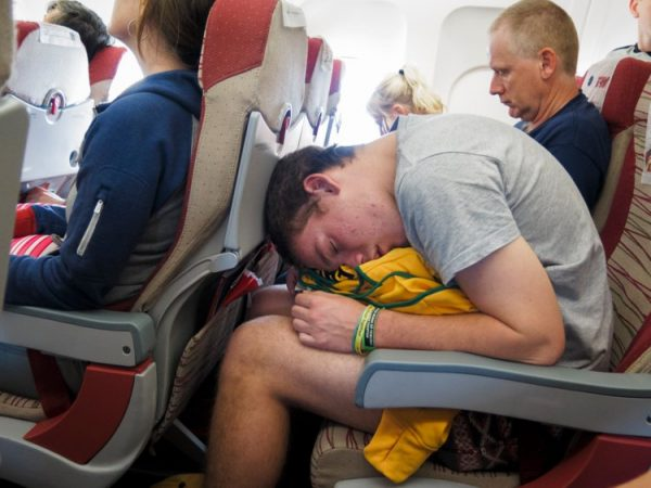10 tips for Getting Sleep on a Plane