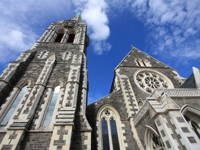Christchurch Cathedral In Christchurch New Zealand. A Large Church In The Middle Of Christchurch.