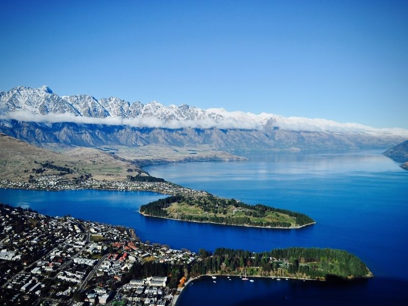 Queenstown Is The Gateway To New Zealand's Ski Fields. It Is A Beautiful Town On A Lake With Snow Covered Mountains Around It. If You Want To Bungy Jump Then Come To Queenstown As It Is Home To AJHacket.